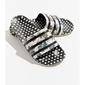 adidas Shoes - NWT 🌴 Adilette Slides